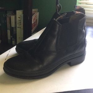 Ariat gel soled blundstone boots